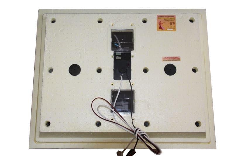 Инкубатор Золушка 70 яиц, автопереворот,220/12В, аналоговый терм., гигрометр - фото 6201